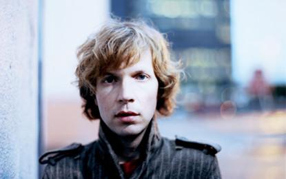 Beck, un nuovo pezzo dal vivo: Wake Up