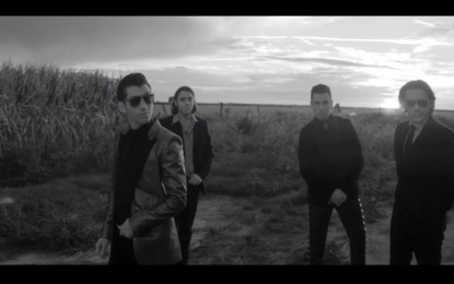 Guarda: Arctic Monkeys, One For the Road