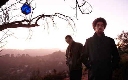 Guarda: Broken Bells, Hold On For Life