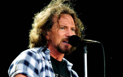 Eddie Vedder dedica a Lou Reed la cover di After Hours, dei Velvet Underground