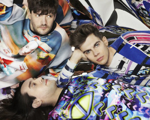 Ascolta: Klaxons, Children of the Sun