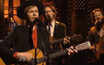 Guarda Beck suonare Blue Moon e Wave al Saturday Night Live