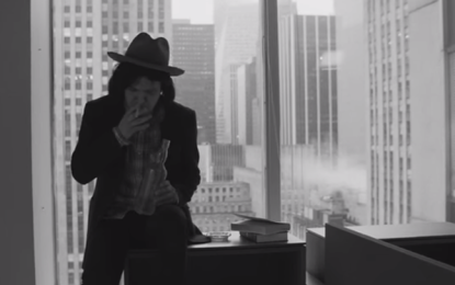 Conor Oberst in bianco e nero nel nuovo video per Common Knowledge