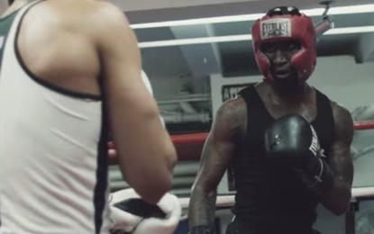 Paul Banks, frontman degli Interpol, dirige il loro nuovo video per Twice As Hard