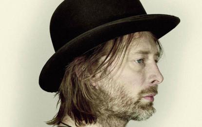 Thom Yorke sul palco con i Portishead al Latitude Festival