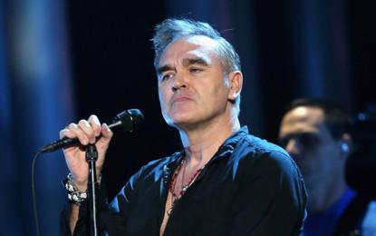 Morrissey, fermato dalla polizia a Roma, cancella sette concerti in Italia