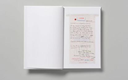 Nick Cave annuncia The Sick Bag Song, un libro scritto su sacchetti per il vomito