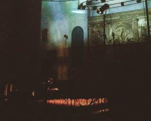 Londra: Le gambe incrociate di Grouper o, I concerti in chiesa in cui è tutto ok