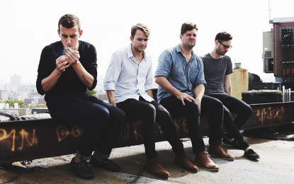 Ascolta: Cymbals Eat Guitars, Aerobed