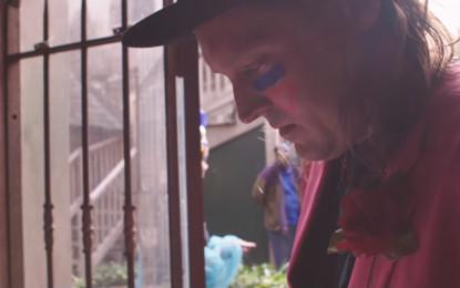 Il documentario sulla parata degli Arcade Fire in omaggio a David Bowie