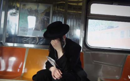 Guarda: PJ Harvey, The Community of Hope