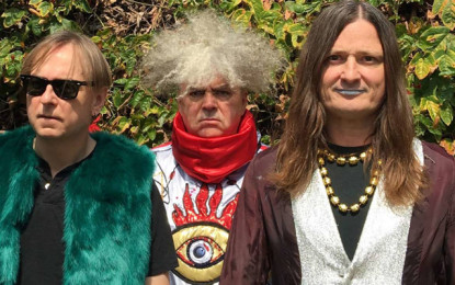 Ascolta: Melvins, I Want to Tell You (The Beatles cover)