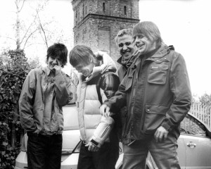 Ascolta: The Stone Roses, All for One