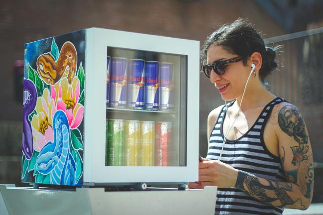Red Bull Canvas Cooler_ph credits Cubestudios (4)