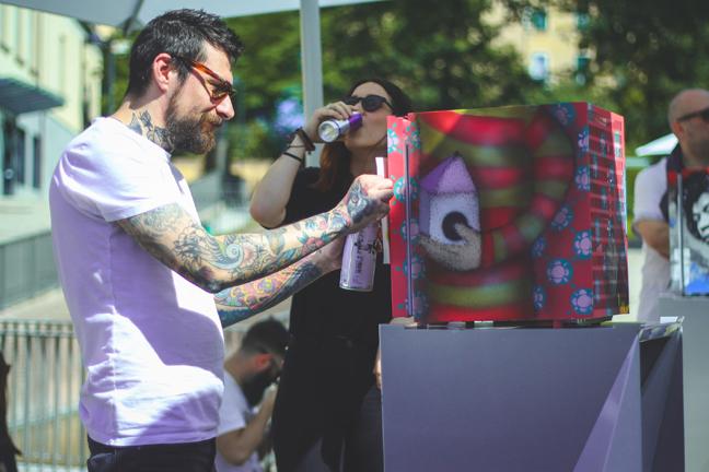 Red Bull Canvas Cooler_ph credits Cubestudios (9)