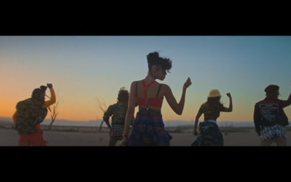 Guarda: AlunaGeorge (ft. Dreezy & Leikeli47), Mean What I Mean