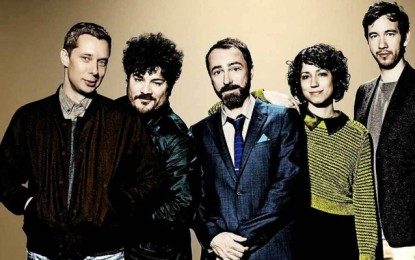 Ascolta: The Shins, Painting a Hole