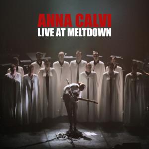 Anna-Calvi-Live-At-Meltdown