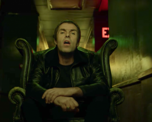 Guarda: Liam Gallagher, Wall Of Glass