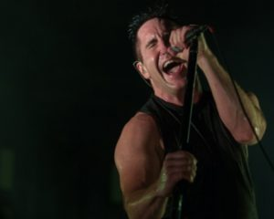 Ascolta: Nine Inch Nails, This Isn't The Place