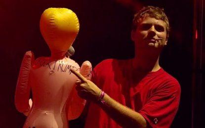 Il live di Mac DeMarco al Lollapalooza