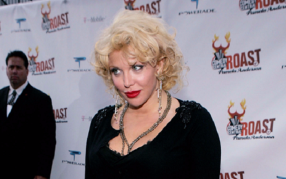 "Courtney Love nel 2005: ""Non andate alle feste di Weinstein"""