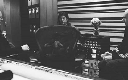 Quasi tutti i membri degli Smashing Pumpkins assieme in studio
