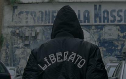 Il nuovo video di Liberato è sull'identità di genere