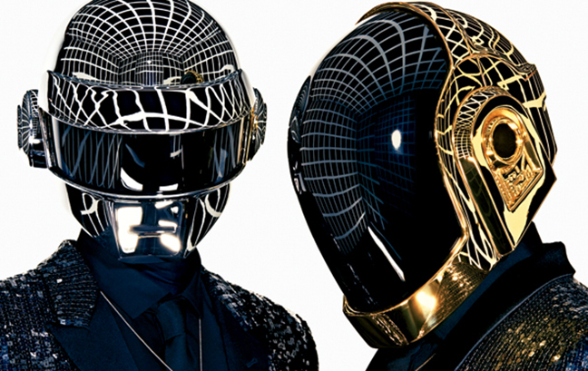 Daft-Punk caschi