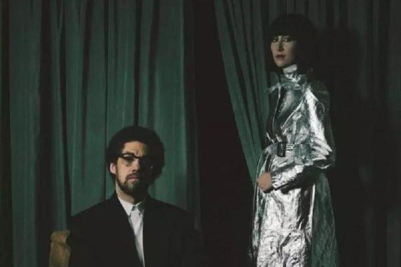 Un album in collaborazione tra Karen O e Danger Mouse: ascolta il primo estratto [Listen]