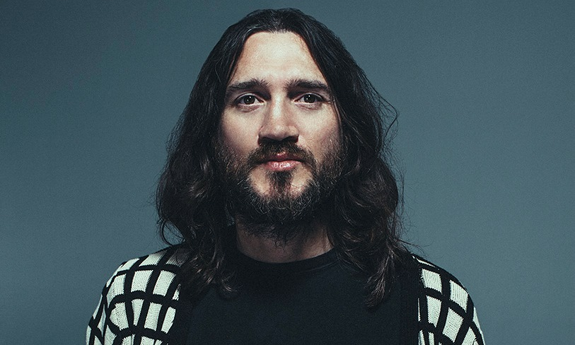 Dopo 10 anni, John Frusciante è rientrato nel gruppo, i ...